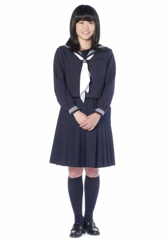 制服の女子高生